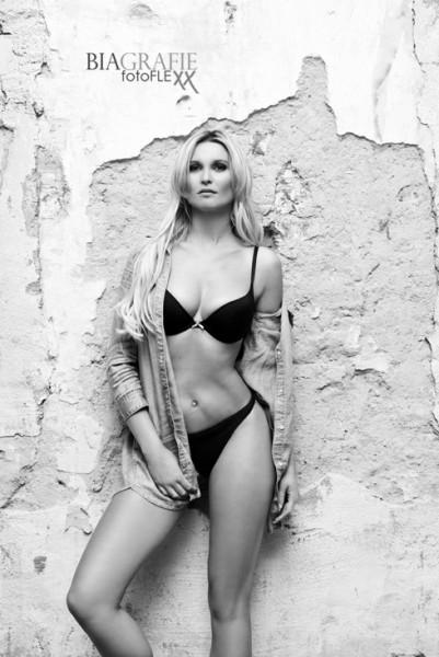 Katja Kuehne  nackt
